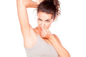 Как избавиться от потливости подмышек: лечение гипергидроза