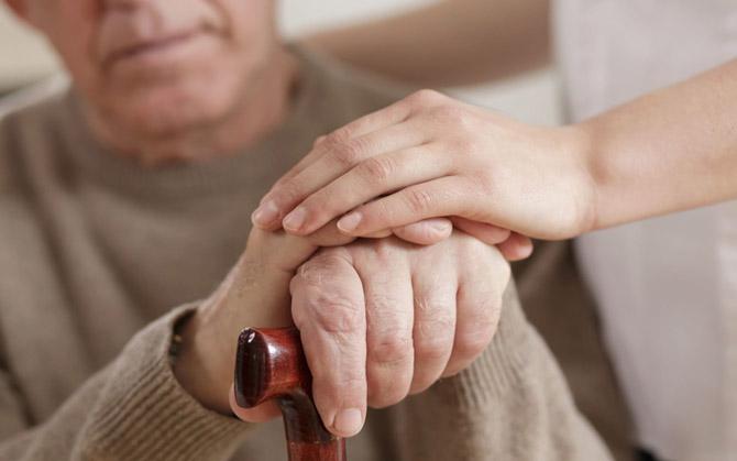 Уход за больным при деменции
