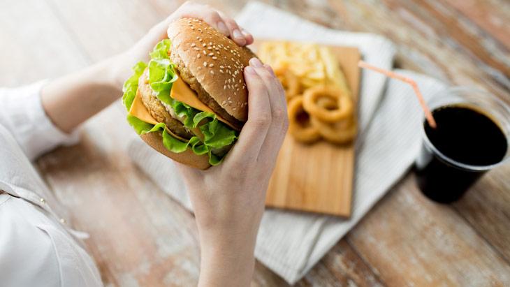 Запрещено есть при эзофагите