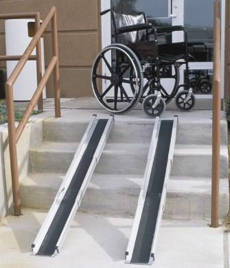 Переносные пандусы для инвалидных колясок